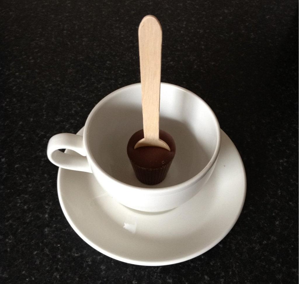 Hot-Choc-in-Cup-e1408042779614-1024x972-min